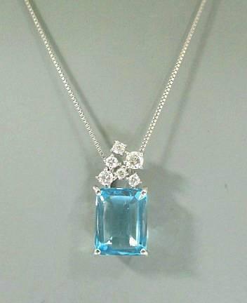 K18WG ブルートパーズ ダイヤモンド ネックレス