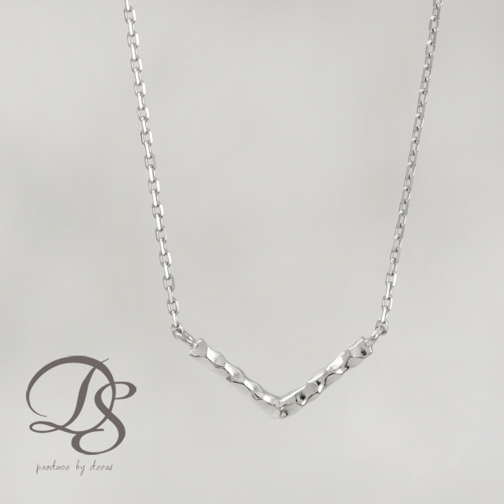 【送料無料】Pt950 platinum プラチナ ネックレス Vバー レディース ネックレス シンプル チェーンネックレス 上品 大人 おしゃれ かわいい プレゼント