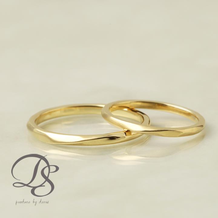 ペアリング 2本セット ゴールド 18金 18k リング ひねり ツイスト レディース メンズ 記念日 大人 シンプル k18結婚指輪 マリッジリング 誕生日 プレゼント 贈り物 ゴールドリング ペア ジュエリー ペアアクセサリー DEVAS ディーヴァス 1012b