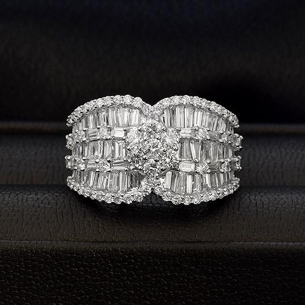 ダイヤモンド リング 2.0ct K18 ホワイトゴールド 2カラット テーパー ダイヤモンド 鑑別書付 保証書付 インポート ギフト プレゼント 見栄え ボリューム 豪華