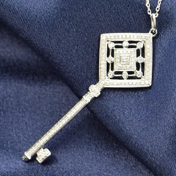 ダイヤモンド ネックレス 鍵 キー 0.2ct K18 ホワイトゴールド 鑑別書付 保証書付 ラッキー モチーフ インポート ギフト プレゼント 記念日 誕生石 4月