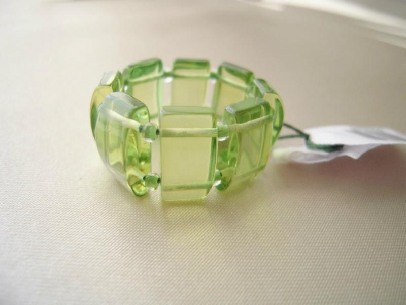 ハンドメイドで一点物の琥珀 リング リトアニアで制作 琥珀指輪 琥珀 こはく 激安通販ショッピング パワーストーン 正規逆輸入品 天然琥珀 カリビアングリーンアンバー グリーンアンバー