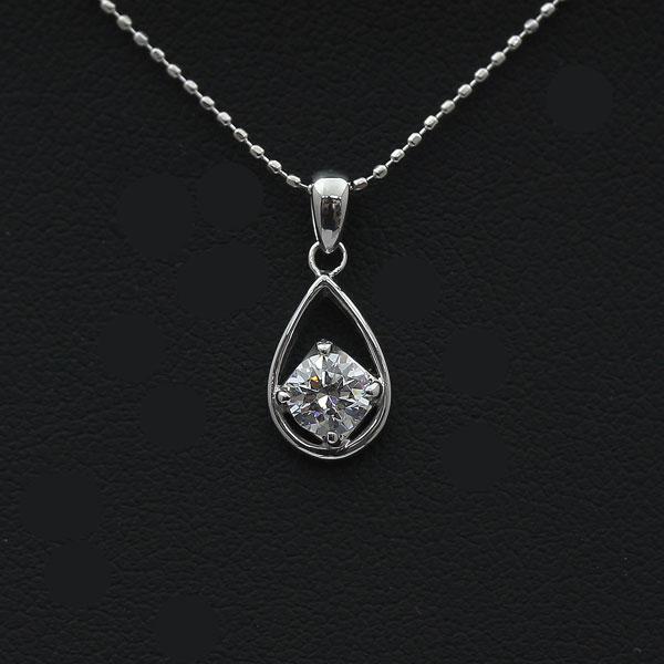【SALE】 【ポイント優待】 ネックレス ペンダント レディース PT900(Pt90%) 1粒 ダイヤモンド 0.3Ct UP 雫