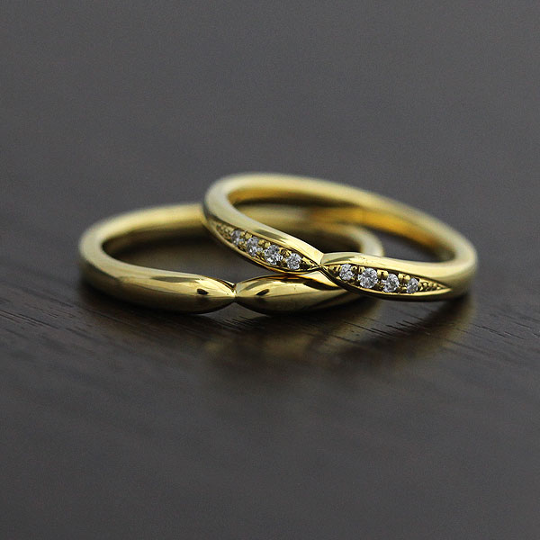 【SALE★30%以上OFF!】 【ポイント優待】 結婚指輪 ペアリング K10YG ダイヤモンド 0.07ct マリッジリング イエローゴールド クロス サンキュークーポン