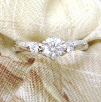 ◆即納◆ 【THE LAZARE DIAMOND】ラザールダイヤモンド プラチナダイアモンド リングエンゲージリング(婚約指輪)【楽ギフ_包装】【楽ギフ_のし】【楽ギフ_のし宛書】【smtb-KD】