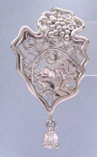 ◆即納◆QUEEN (クィーン)プラチナイヤリング【楽ギフ_のし】【smtb-KD】