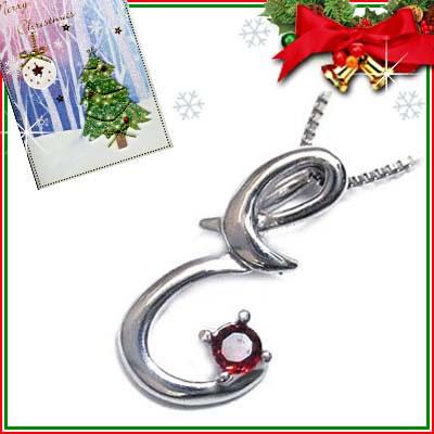 クリスマス限定Xmasカード付「E」イニシャルモチーフ( 1月誕生石 )K10WG ガーネットペンダントネックレスCanCam掲載【DEAL】