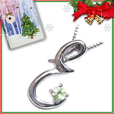 クリスマス限定Xmasカード付「E」イニシャルモチーフ( 8月誕生石 )K10WG ペリドットペンダントネックレスCanCam掲載【DEAL】