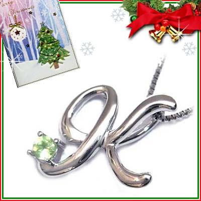 クリスマス限定Xmasカード付「K」イニシャルモチーフ( 8月誕生石 )K10WG ペリドットペンダントネックレスCanCam掲載【DEAL】