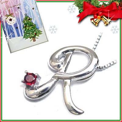 クリスマス限定Xmasカード付「R」イニシャルモチーフ( 1月誕生石 )K10WG ガーネットペンダントネックレスCanCam掲載【DEAL】