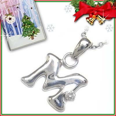 クリスマス限定Xmasカード付「M」イニシャルモチーフ( 4月誕生石 ) ダイヤモンドペンダントネックレスCanCam掲載【DEAL】