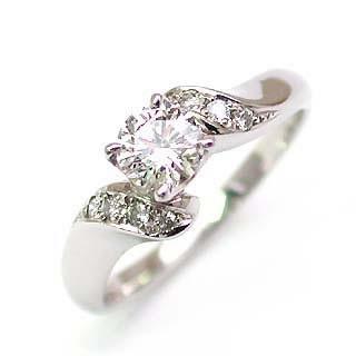 AneCan掲載 (Brand アニーベル) Pt ダイヤモンドデザインリング(婚約指輪・エンゲージリング) メレ 末広 スーパーSALE