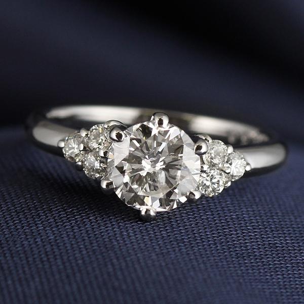 AneCan掲載 (Brand アニーベル) Pt ダイヤモンドデザインリング(婚約指輪・エンゲージリング) 末広 スーパーSALE
