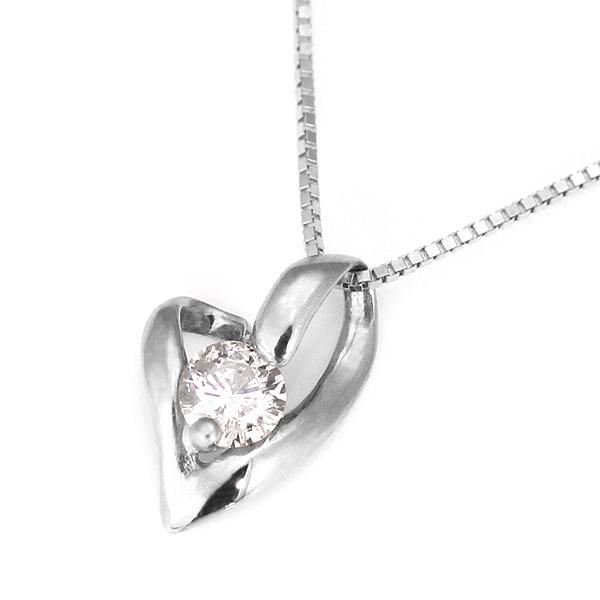 プラチナ ダイヤモンドペンダントネックレス(ハートモチーフ)