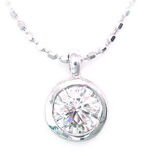 ( K18WG )ダイヤモンドペンダントネックレス