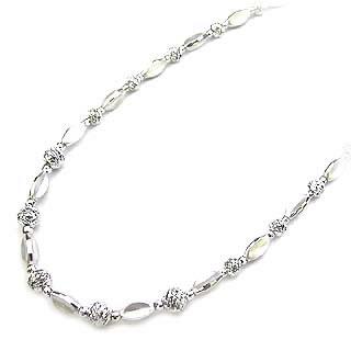 ( K18ホワイトゴールド )デザインネックレス