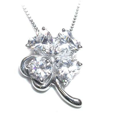 ( 4月誕生石 ) K18ホワイトゴールドダイヤモンドペンダントネックレス(クローバーモチーフ)【DEAL】