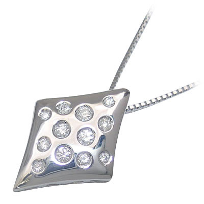 K18ホワイトゴールド ダイヤモンドペンダントネックレス【DEAL】 末広 スーパーSALE【今だけ代引手数料無料】