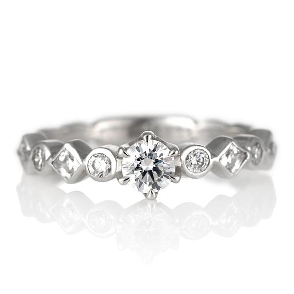 ダイヤモンド リング プラチナ 婚約指輪 0.3カラット 鑑別書 ユニーク 末広 スーパーSALE