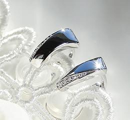 K18WG/YG ダイヤモンド イヤリング お祝い 記念 プレゼント ご褒美 ゴールド