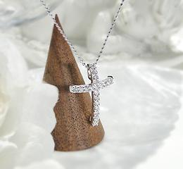 k18WG ダイヤモンド クロス ネックレス