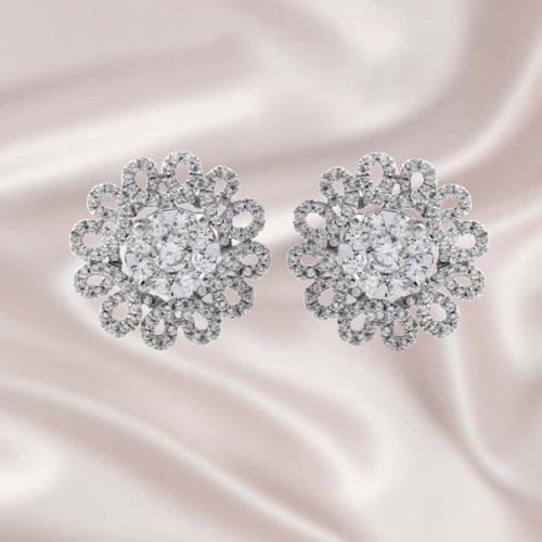 18金 ダイヤモンド ピアス フラワー 1.5ct(片耳0.75ct) K18WG ホワイトゴールド ダイアモンド レディース プレゼント ギフト 記念日 誕生日