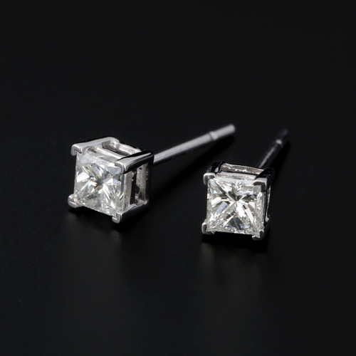 プラチナ ダイヤモンド1粒ピアス プリンセスカット 0.4ctカラット(片耳0.2ct) PT900 1石 シンプル ダイアモンド レディース プレゼント ギフト 記念日 誕生日