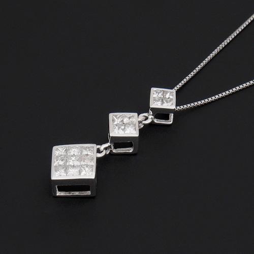 18金 ダイヤモンド0.50ct プリンセスカット トリロジーネックレス ペンダント 0.5カラット K18WG ホワイトゴールド ダイアモンド レディース プレゼント ギフト 記念日 誕生日