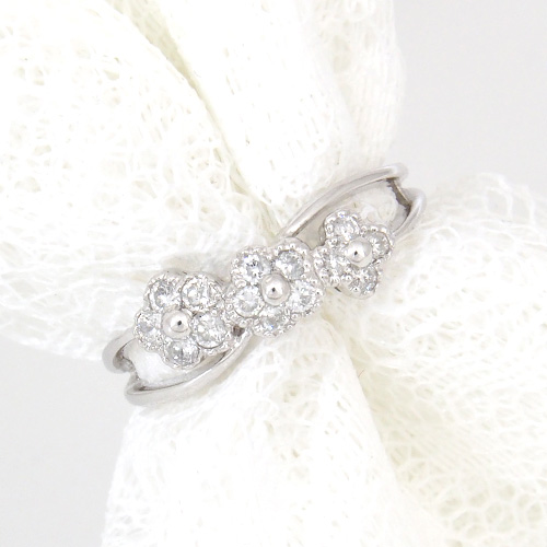 【20%OFF16日9:59まで】18金 ダイヤモンド0.25ct フラワーダイヤリング K18WG ホワイトゴールド 0.25カラット 指輪 ダイアモンド レディース プレゼント ギフト 記念日 誕生日