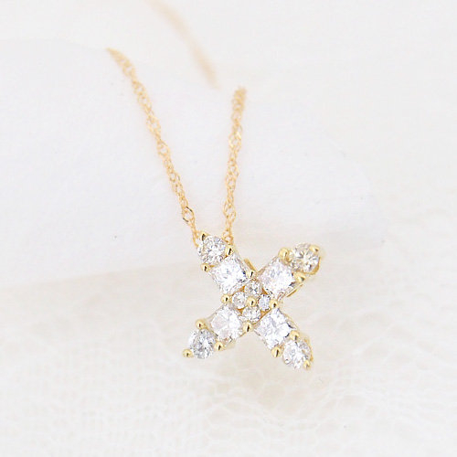 18金 ダイヤモンド 0.3ct クロス ネックレス 正十字 プリンセスカット ペンダント 0.3カラット K18WG ホワイトゴールド K18YG イエローゴールド K18PG ピンクゴールド ダイアモンド レディース 記念日 誕生日