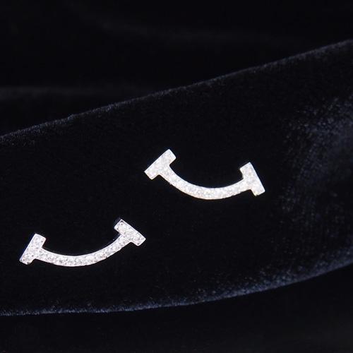 18金 ダイヤモンド 0.12ct 片耳0.06ct スマイルピアス Tデザイン バー K18WG ホワイトゴールド K18YG イエローゴールド K18PG ピンクゴールド ダイアモンド レディース プレゼント ギフト 記念日 誕生日