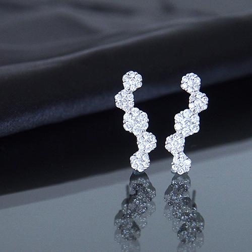 18金 ダイヤモンド1.0ct 片耳0.5ct フラワーロングピアス K18WG ホワイトゴールド ダイアモンド レディース プレゼント ギフト 記念日 誕生日