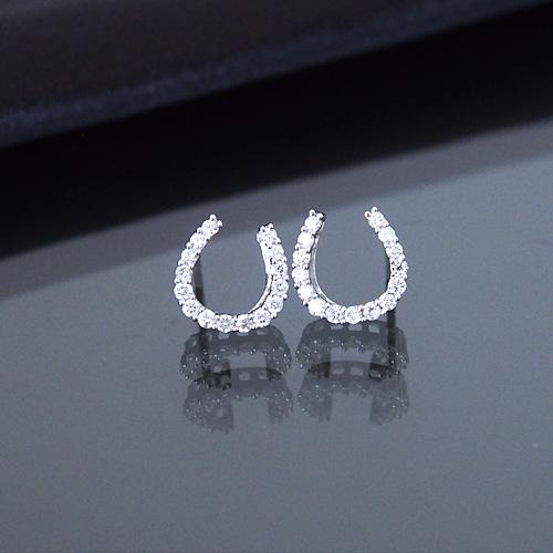 18金 ダイヤモンド0.3ct 片耳0.15ct ホースシュー 馬蹄ピアス K18WG ホワイトゴールド ダイアモンド レディース プレゼント ギフト 記念日 誕生日