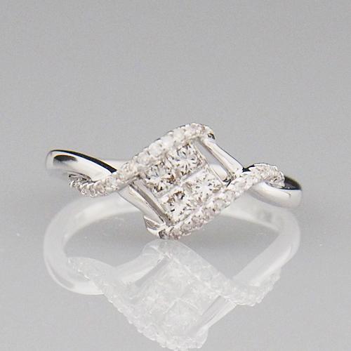18金 ダイヤモンド 0.4ct 菱形 プリンセスカット ミステリーセッティング 0.40カラット 指輪 K18WG ホワイトゴールド ダイアモンド レディース プレゼント ギフト 記念日 誕生日