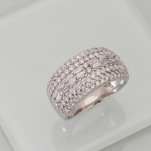 プラチナ ダイヤモンド 1.0ct Pt900 リング Pt900 テーパーバケット 幅広 1.00カラット 指輪 ダイアモンド レディース プレゼント ギフト 記念日 誕生日