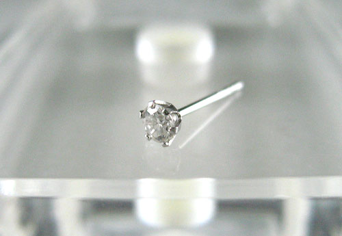 K18WG ホワイトゴールド ダイヤモンド スタッドピアス片耳用 D0.10ct ギフト対応