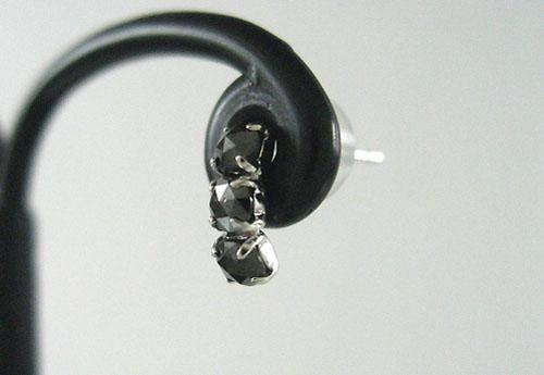 K18WG ホワイトゴールド トリプル ブラックダイヤモンド ピアス片耳用 D0.2ct ギフト対応【あす楽対応_関東】