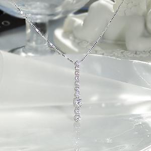 ☆ K18WG 0.5ct テン ダイヤモンド ペンダント 胸元を華やかに輝かせる10粒のダイヤ ファッション ジュエリー アクセサリー レディース ネックレス ホワイトゴールド クリスマス 4月 プレゼント ギフト 誕生日 10周年 0.5カラット 今季も再入荷 結婚記念日 送料無料 ダイア 代引手数料無料 10石 スイート 品質保証書