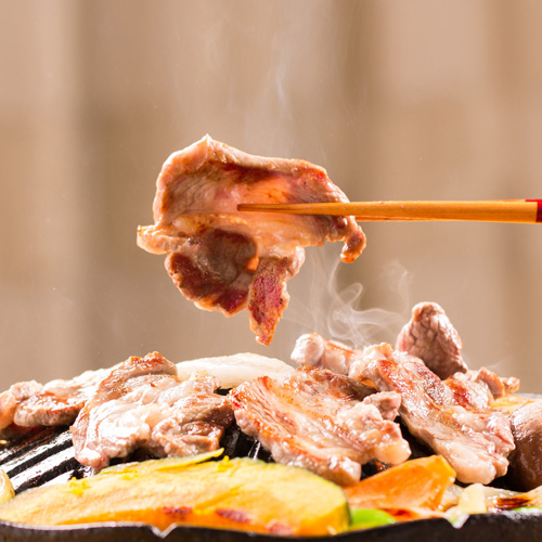 ラムカタロース肉500gパック(タレ付き)/羊肉 仔羊肉 ラム肉 カタロース肉 生ラム 肩ロース ジンギスカン じんぎすかん 秘伝のタレ たれ オーストラリア 岩手県 遠野 人気 売れ筋 グルメ お取り寄せ 通販