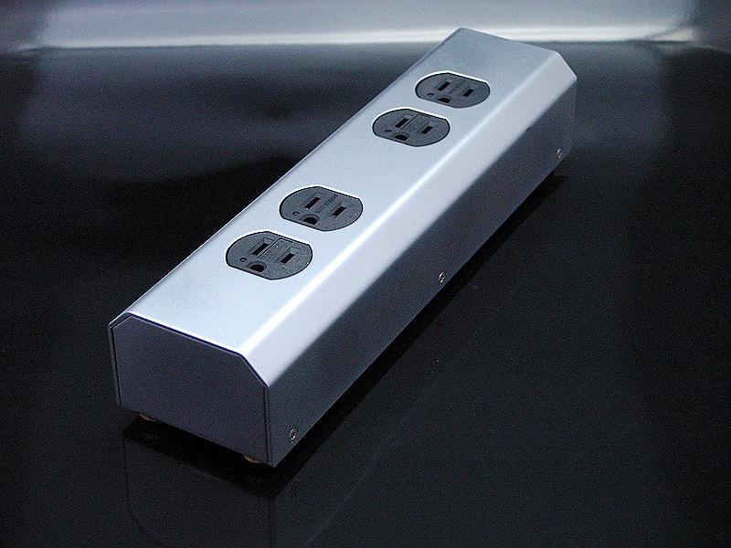 MTB-4 オヤイデ 3P-4口電源タップ OYAIDE