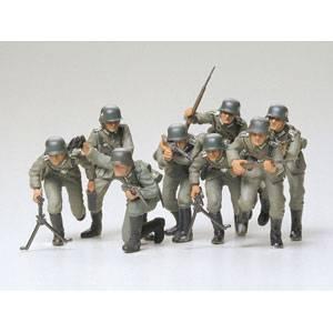 1/35 ミリタリーミニチュアシリーズ ドイツ歩兵 突撃セット 【35030】  タミヤ