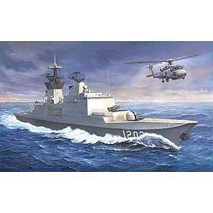 1/350 台湾・カンディン級フリゲート艦【CB5002】 ブロンコ
