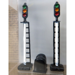 鉄道模型 津川洋行 N 2本入 LA-11 三灯式信号機 予約 価格 交渉 送料無料