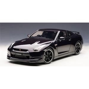 1/12 ニッサン GT-R(R35)スペック V(アルティメイト オパール ブラック)【12201】 オートアート