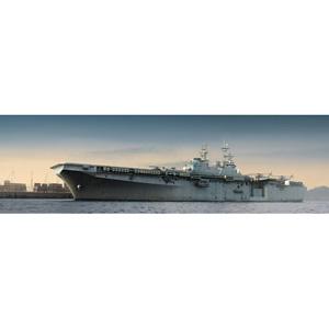 1/350 アメリカ海軍強襲揚陸艦 LHD-7 イオー・ジマ【05615】 トランペッター