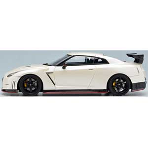 1/43 NISSAN GT-R NISMO N Attack Package 2014 ブリリアントホワイトパール【EM355B】 メイクアップ