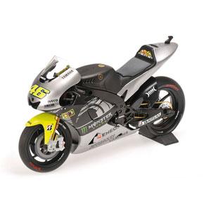 1/12 ヤマハ YZR-M1 バレンティーノ・ロッシ テストバイク セパン 2013年2月【122133956】 ミニチャンプス