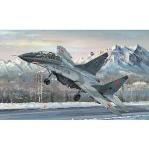1/32 MiG-29UB ファルクラムB型【03226】 トランペッター