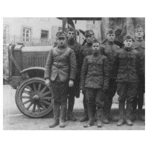 1/35 WWI アメリカ陸軍トラック スタンダードB リバティ w/アメリカ歩兵【35652】 ICM