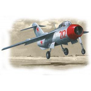 1/72 ラヴォーチキン La-15 「ファンテイル」 【MAR72103】 マーズモデル